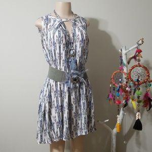 UMGEE PRINT PATTERN FLOWY DRESS!